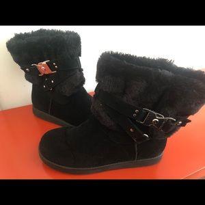 Black Fuzzy Boots